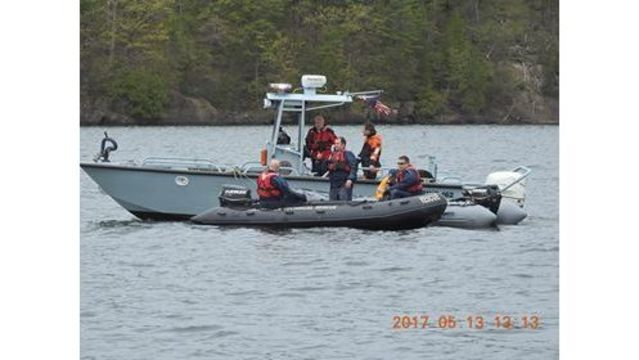 POLICE: Man Dies After Canoe Overturns in Malletts Bay