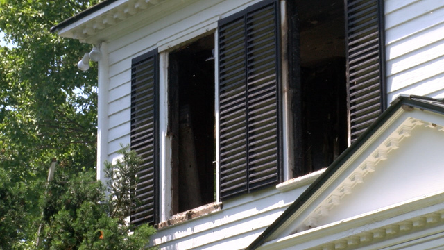 Crews Knock Out Fire in Unoccupied Charlotte Home