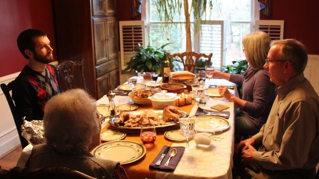 Average Thanksgiving dinner cost cheapest in 5 years