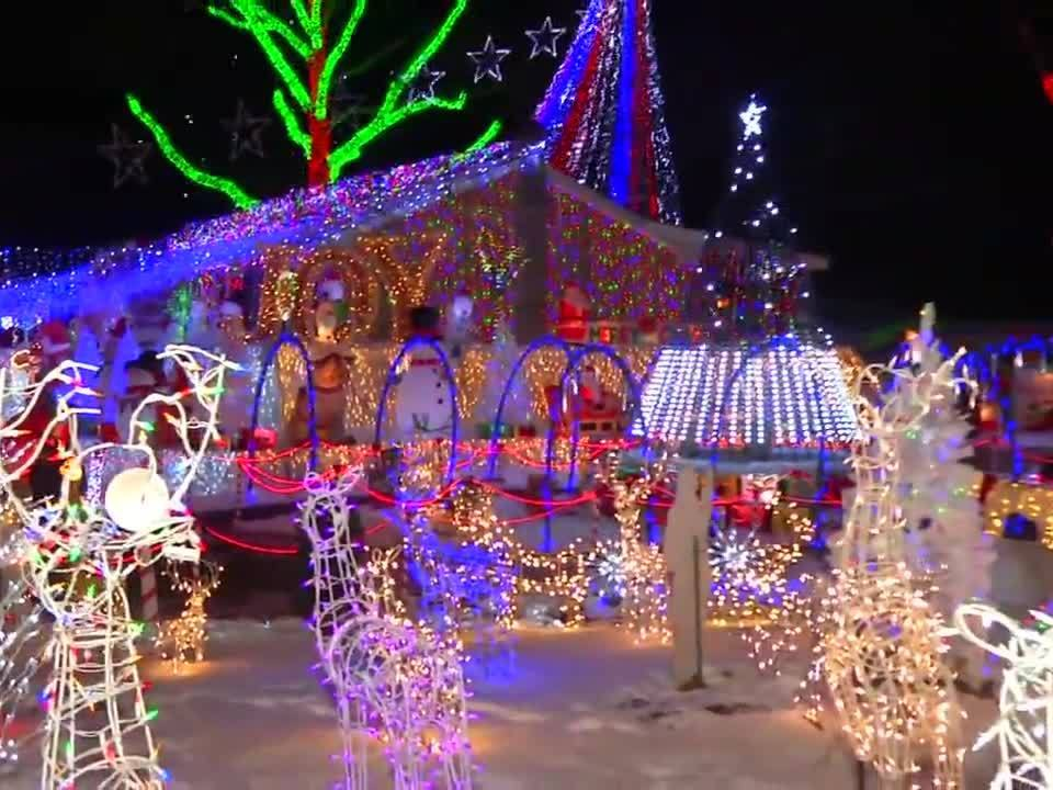 new york christmas lights display featured on on abc show