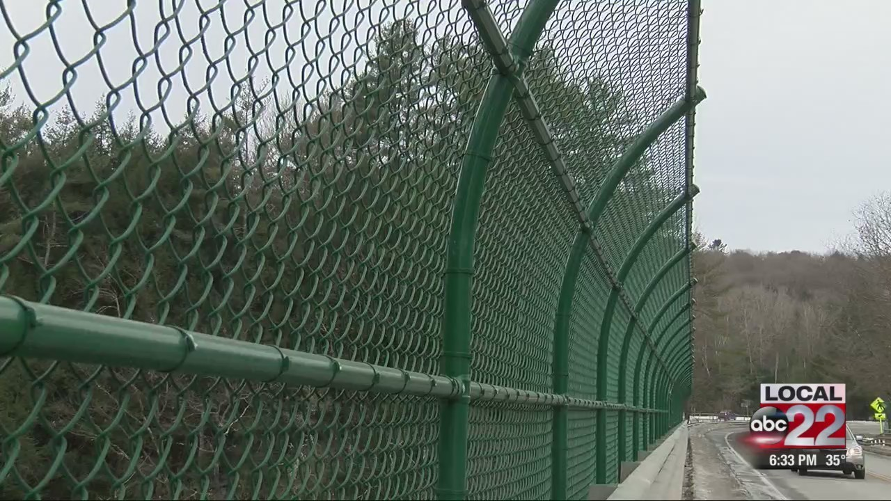 Quechee Gorge fence is preventing suicides